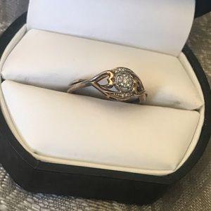 COPY - 14k. Heart ring